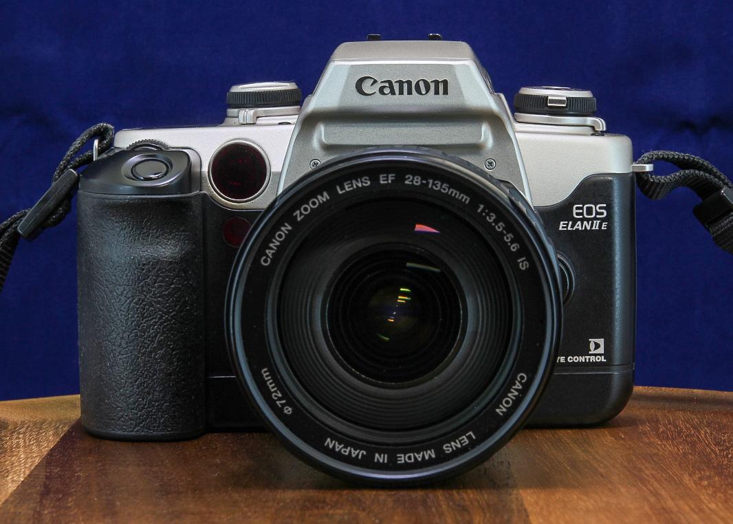 Canon EOS Elan IIe